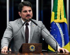 O Senador Marcos Do Val ganhou na justiça uma ação para a retirada do ar de uma checagem realizada pelo Projeto Comprova